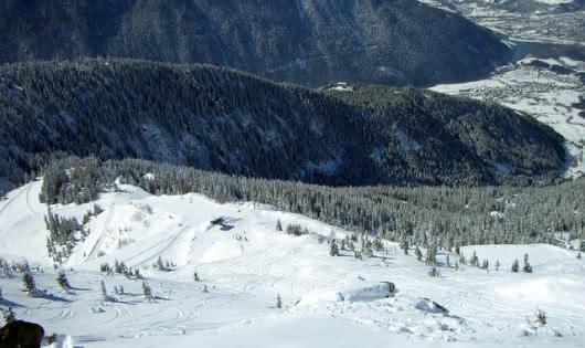 Les équipements de ski à La Rosière pour tous les ages.