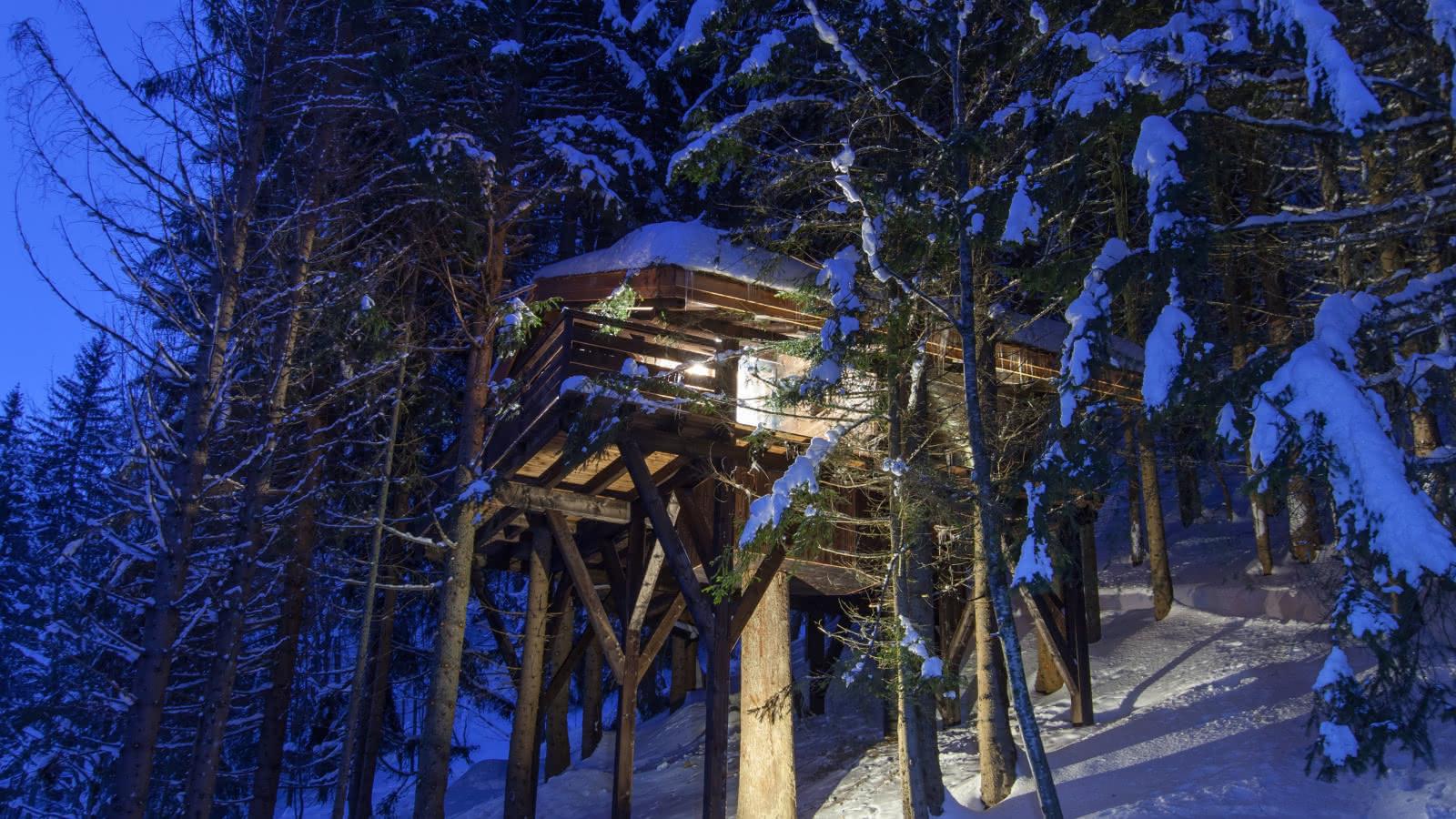 Cabanes entre Terre et Ciel - Extérieur en hiver de la Cabane Mont-Blanc