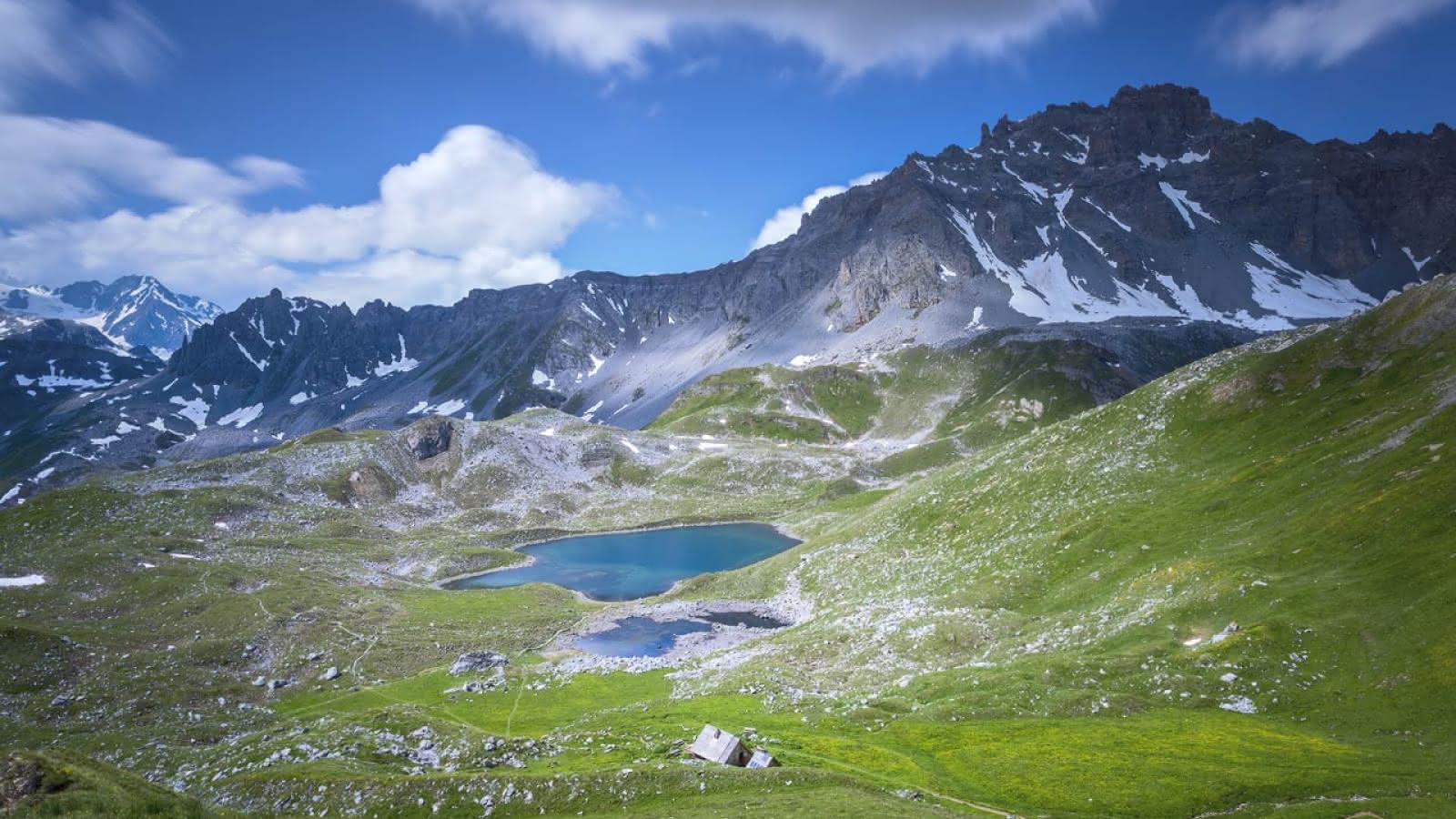 Refuge et lac Merlet