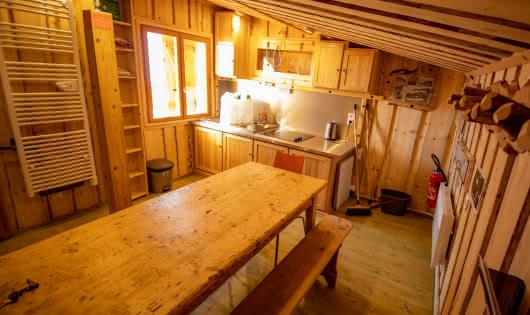 refuge intérieur bois