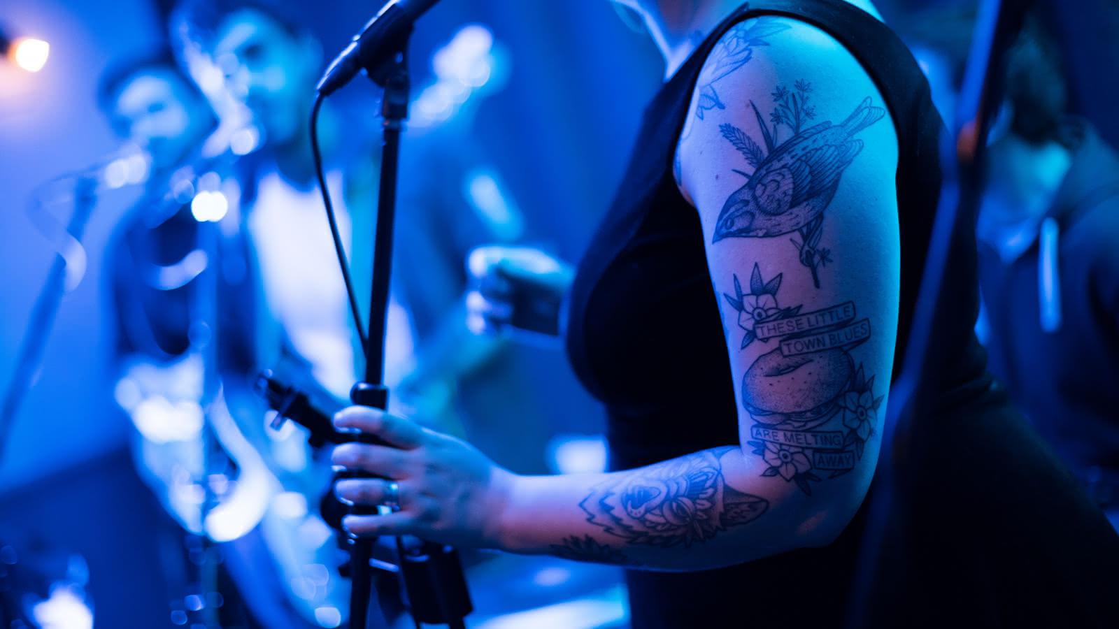 Le sens de la fête et de l'afterski dans les bars de discothèques de méribel