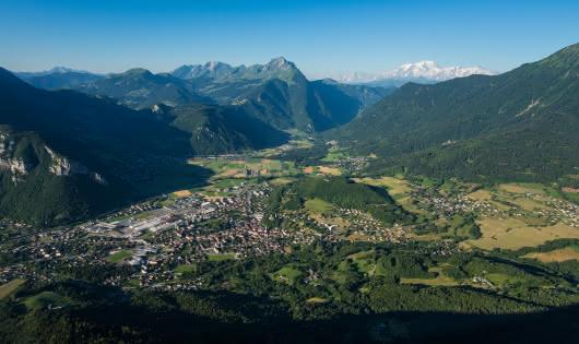 de la ville de Faverges-Seythenex au Mont-Blanc