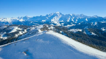 Vue imprenable du le Mont-Blanc et toute sa chaine depuis le sommet du Torraz à la Giettaz - Les Portes du Mont-Blanc