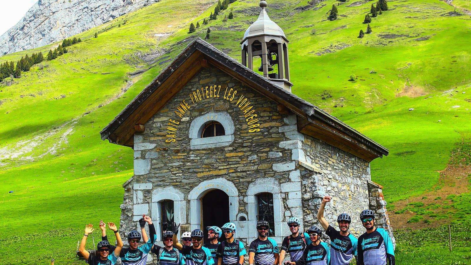 Alpes Aventures, une équipe de passionnés, au coeur des montagnes savoyardes.