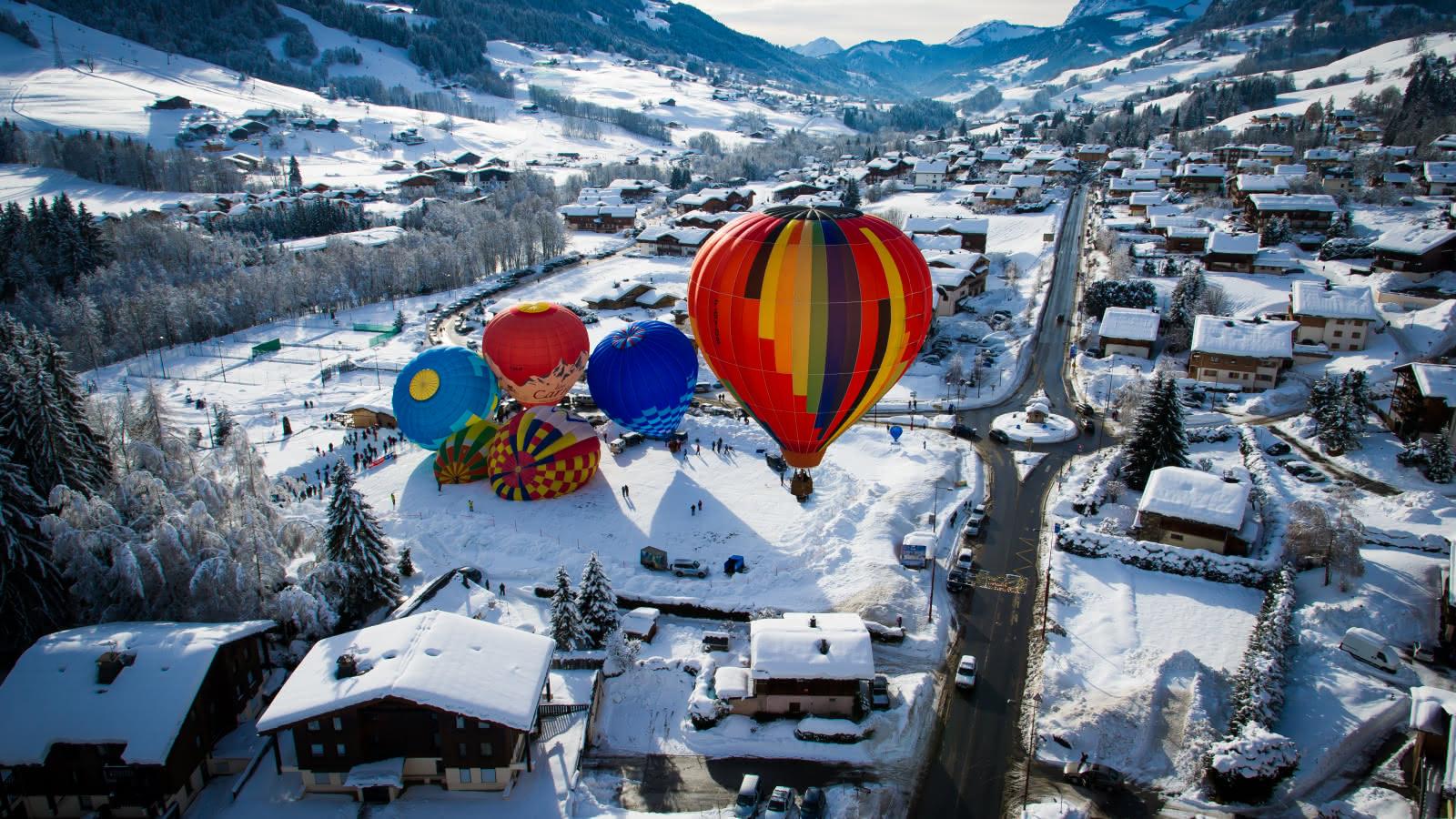 Départ en montgolfières au cœur de la station enneigée