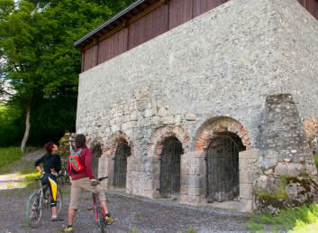 Lime kiln on the marked mountain bike route