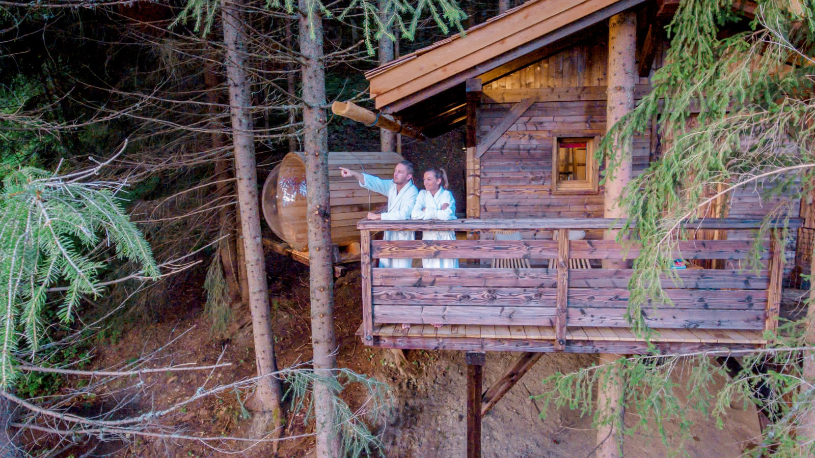 Cabanes entre Terre et Ciel - Terrasse de la Cabane Mont-Blanc avec sauna privatif
