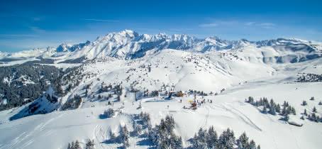 Sommet de Ban Rouge avec vue à 360° sur le Mont-Blanc, le beaufortain et les Aravis