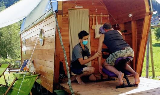 massage dans la roulotte