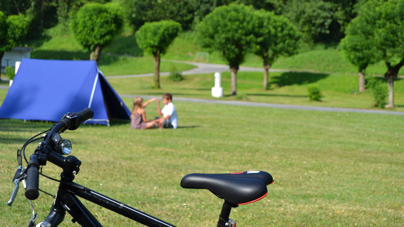 Camping Les Adoubes