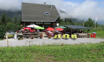 Restaurant at the foot of La Sambuy ski resort