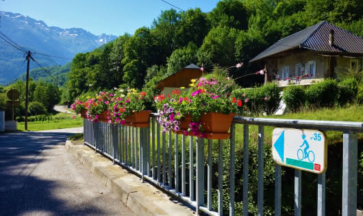 vers Porte de Savoie