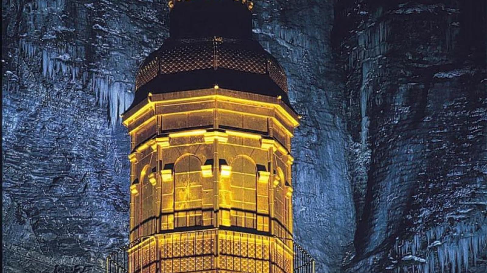 Le clocher en cuivre