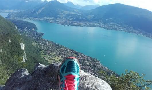 Vue sur le lac d'annecy depuis le Mont Veyrier