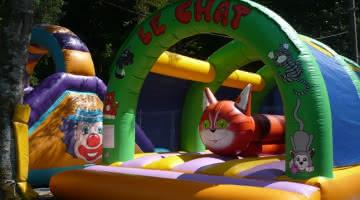 chateau gonflable base de loisirs