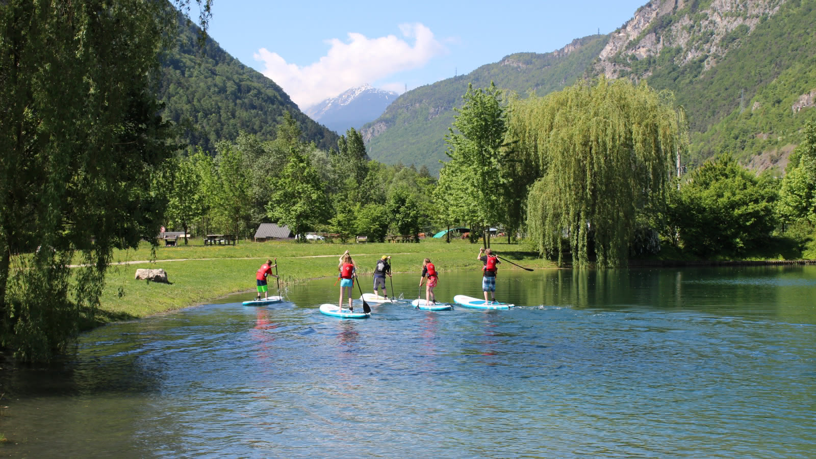 stand up paddles plan d'eau de Centron