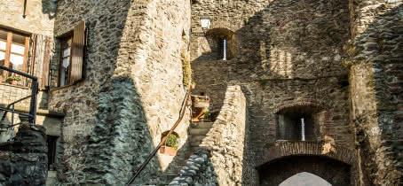 Vue depuis la cité médiévale de Conflans