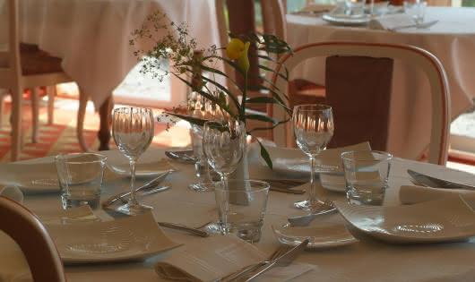 Table de restaurant gastronomique