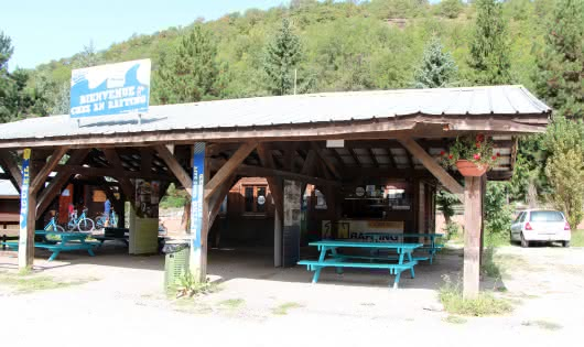AN Rafting reception at Macot, beside the Isère river